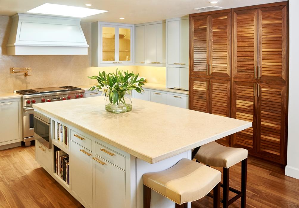 Kitchen right_1000x700_